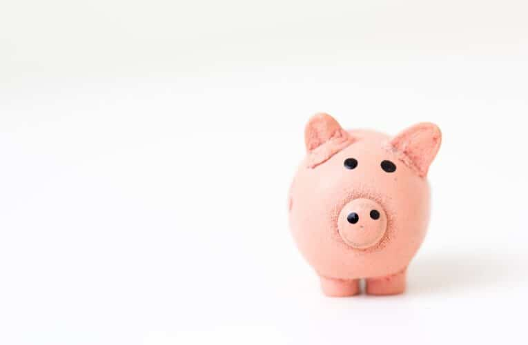 4 Simple Ways to Bring Your Finances Under Control Today