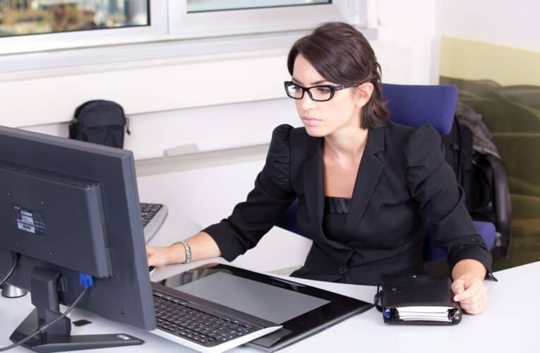 5 Awesome Ways for CPAs to Market Themselves Online